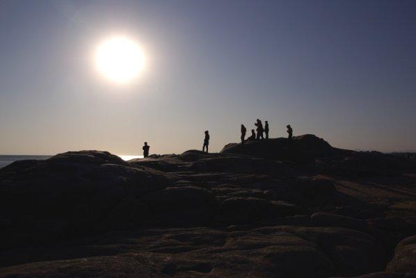 元旦去了秦皇岛,那儿正巧才下完雪,海边的沙滩雪景,加上阳光灿烂